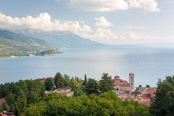Ohrid Framework Agreeement blev forhandlet på plads ved Ohrid-søen i 2001